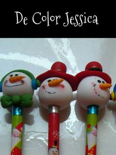Polymer Clay Pens, Polymer Clay Ornaments, Polymer Clay Creations, Polymer Clay Projects, Polymer Clay Christmas, Christmas Ornament Crafts, Holiday Crafts, Christmas Crafts, Pen Toppers
