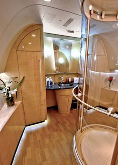 boeing business class jet cabin