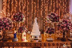 Casamento Mariana e Mauricio Wedding Tips, Wedding Favors, Wedding Planning, Dream Wedding, Wedding Decorations, Sweet Table Wedding, Dessert Table, Quinceanera, Birthday Parties