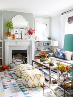 80 Stunning Colorful Living Room Decor Ideas And Remodel for Summer Project 37 – Home Design Living Room Decor Colors, Colourful Living Room, My Living Room, Living Room Designs, Living Room Furniture, Room Colors, Colorful Family Rooms, Grey Family Rooms, Funky Living Rooms