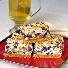 Pecan Magic Bars - a classic, super easy, chewy, nutty, chocolatey cookie bar that's practically foolproof for even the most novice baker and they freeze exceptionally well too. Pecan Bars, Köstliche Desserts, Delicious Desserts, Dessert Recipes, Wedding Desserts, Yummy Food, Baking Recipes, Cookie Recipes, Cookie Ideas