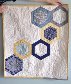 Gorgeous Quilt From Ali by a crafty fox ~ amanda.... I especially like the edging