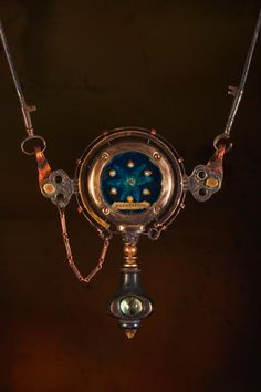 'Repetition Change' Necklace  |  Artist:  Keith Lo Bue, the Duke of Found Object Jewelry  |  http://www.lobue-art.com/