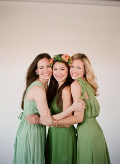 The+best+bride+and+bridesmaid+shopping+resources+for+wedding+style