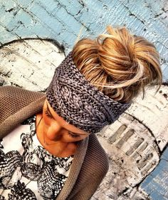 Knitted headband and messy bun for fall or winter.