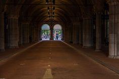 Onder het Rijksmuseum
