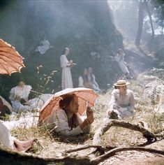 'Picnic At Hanging Rock': The Cult Classic You Should Get To Know- ellemag Arabesque, Picnic At Hanging Rock, Comic Manga, Wallpaper Aesthetic, Cult, Different Aesthetics, Vintage Princess, Princess Aesthetic, Plein Air