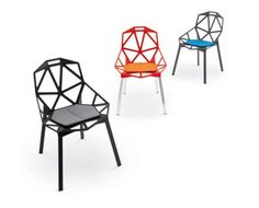 Cadeira One, criada por Konstantin Grcic, para a Magis