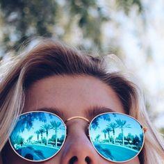 blue circular Ray-Ban sunglasses!