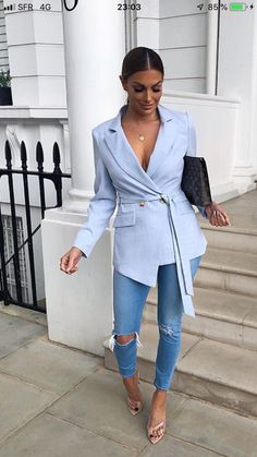 Blue Blazer Outfit Ideas Collection an amazing light blue blazer and jeans in 2020 outfit Blue Blazer Outfit Ideas. Here is Blue Blazer Outfit Ideas Collection for you. Blue Blazer Outfit Ideas casual blazer outfit navy blue blazer white ts. Classy Outfits, Chic Outfits, Fashion Outfits, Womens Fashion, Blue Blazer Outfit, Blazer Jeans, Light Blue Jeans Outfit, Blazer Bleu, Tan Blazer