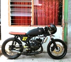 Cafe Racer Bikes, Cafe Racers, Cars And Motorcycles, Yamaha, Vehicles, King, Transportation, Future, Design