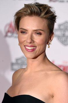 The Pushed-Back Pixie: Scarlett Johansson