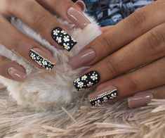 Manicure Y Pedicure, Gel Nails, Nail Art Designs, Make Up, Beauty, Colorful Nails, Romantic Nails, Toenails Painted, Polish Nails