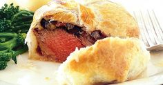 There are few dishes more elegant than this week's food fight winner -- Beef Wellington. These tasty parcels are encased in delicate pastry, and are perfect for midweek dinner or weekend entertaining. Beef Wellington With Pate, Individual Beef Wellington, Beef Wellington Recipe, Gourmet Recipes, Beef Recipes, Cooking Recipes, Savoury Recipes, Recipies, Dinner Recipes