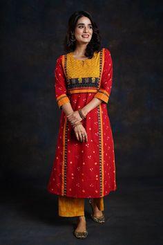 Indian Suits, Indian Dresses, Indian Wear, Simple Kurti Designs, Kurta Designs, Pakistani Fashion Casual, Indian Fashion, Cotton Kurties, Kurta Patterns