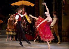 Mikhailovsky Ballet - Natalia Osipova and Ivan Vasiliev in Don Quixote. Photo: Dance Europe