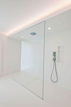 Home Interior Ideas Enorme inloopdouche Restroom Design, Modern Bathroom Design, Bathroom Interior Design, Home Interior, Interior Ideas, Minimalist Bathroom, Minimalist Interior, Minimalist Home, Dream Bathrooms