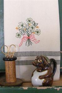 Freebie - Shamrock Bouquet Tea Towel