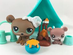 Littlest Pet Shop Pair of Brown Bears #1001 & RARE Baby #2556 w/Tent Accessories #Hasbro