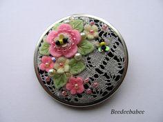 Ronda Broche / fieltro y encaje Pin / florido fieltro Pin