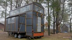There are so many Tiny Home on Wheels or some people said Tiny House on Wheels Ideas that we can apply right now. We selected the best ones for you. What might not be too obvious to individuals who… Tiny House Plans, Tiny House On Wheels, Cottage Garden Sheds, Backyard Cottage, Shed Interior, Interior Design, Small Space Gardening, Tiny Spaces, Tiny House Living