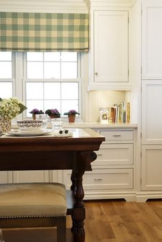 Nice simple window dressing and oh, yes...beadboard!