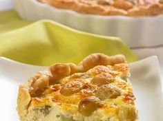 Traubentarte mit Mandeln ist ein Rezept mit frischen Zutaten aus der Kategorie Tarte. Probieren Sie dieses und weitere Rezepte von EAT SMARTER!