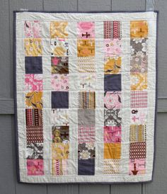 Daisy Cottage Baby Girl Quilt