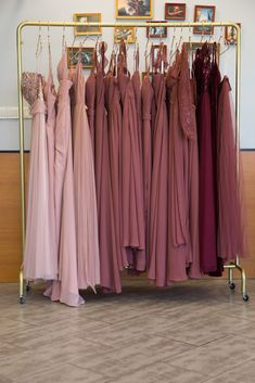mismatched bridesmaid dresses in dusty rose, burgundy and canyon rose. The perfect red bridesmaid dresses for fall wedding #wedding #weddinginspiration #bridesmaids #bridesmaiddresses #bridalparty #maidofhonor #weddingideas #weddingcolors #tulleandchantilly Tulle Wedding, Dream Wedding, Wedding Dreams, Mismatched Bridesmaid Dresses, Bridesmaid Gifts, Bridesmaids, Dusty Rose, Maid Of Honor, Wedding Colors