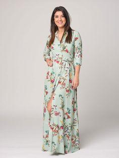 Vestido Diana  -  Vestido camisero en color verde y estampado de flores. Cierre con botones delanteros. Manga larga. Cinturón de la misma tela. - MODA FIESTA - Moda Casual Low Cost de Presagio Boutique