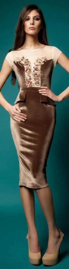 Rochie Cristallini Limited Edition #cocktail #fashion #dress  http://pinterest.com/katiewhitmire1/fashion-style/