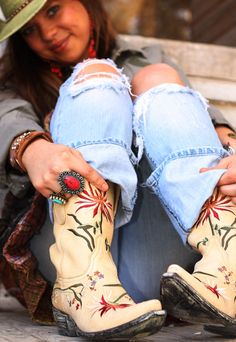I really want a pair of cowgirl boots, with some cut up flared jeans. I just can't find a really nice pair.
