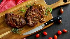 Krkovice je šťavnatá, nikdy není suchá a tvrdá jako třeba maso z vepřové kýty. Upravovat jde všemi možnými způsoby a vždy si na ní pochutnáte. Butcher Block Cutting Board, Steak, Good Food, Meals, Kitchen, Cooking, Meal, Food, Kitchens