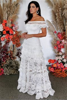 Silhouette: A-Line Dress Length: Floor-Length Sleeve Length: Short Sleeve Combination Type: Single Closure: Pullover Elasticity:. Plain Wedding Dress, Plain Dress, Bridal Dresses, Wedding Gowns, Lace Wedding, Mexican Dresses, Mexican Wedding Dresses, Vintage Mexican Wedding, Lace Bride
