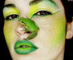 Znalezione obrazy dla zapytania dziwne makijaże
