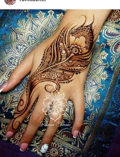 Modern Henna Designs, Indian Henna Designs, Mehndi Designs For Hands, Henna Tattoo Designs, Tattoo Ideas, Henna Body Art, Body Art Tattoos, Henna Elephant, Khafif Mehndi Design