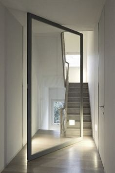 Daskal & Laperre interior architects Love the door