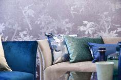 Living Room Inspiration, Art Deco, Throw Pillows, Bed, Home, Toss Pillows, Stream Bed, Decorative Pillows, Decor Pillows