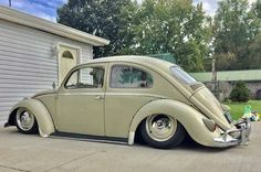 Deep Lowrider 1959 Custom VW Daily Drive Beetle
