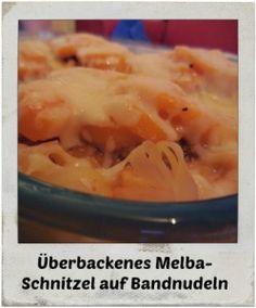 Überbackenes Melba-Schnitzel auf Bandnudeln; fruchtig, schnell und einfach zubereitet.