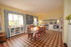 01_sall_manger_Immobilier - PAYS DE GEX - 15 mn aéorport - Exclusivité ! Magnifique Maison de maître du 18ème d'une surf00 m² compr Real Estate, Eat