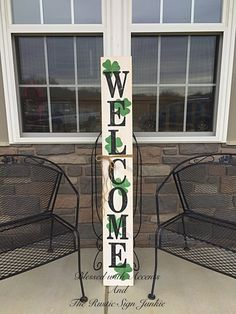 St Patrick's Day decor, Rustic welcome signs, Welcome porch signs, Front porch decor, Rustic welcome – Green Clover Wooden Welcome Signs, Porch Welcome Sign, Wooden Signs, Rustic Signs, St Pattys, St Patricks Day, Deco St Patrick, Rustic Wood, Rustic Decor