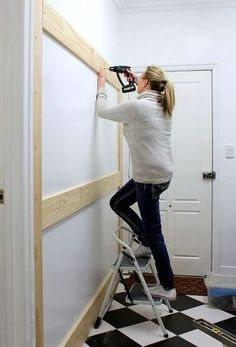 Uberlegen A Homeowner Nails Boards To The Wall. A Few Steps Later? This Entryway  Organizing Idea Is Gorgeous: