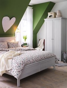 Romantic decorating ideas for the bedroom with the ALVINE ÖRTER duvet cover.- heart on wall- Maggie's room