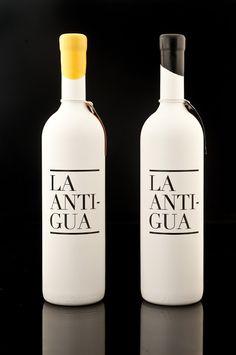 La Antigua Wine on #Packaging of the World - Creative Package Design Gallery #taninotanino #vinosmaximum