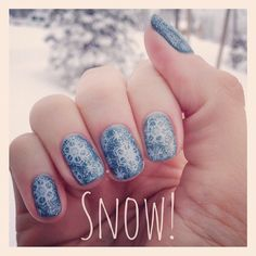 Snowflake nails in the snow!