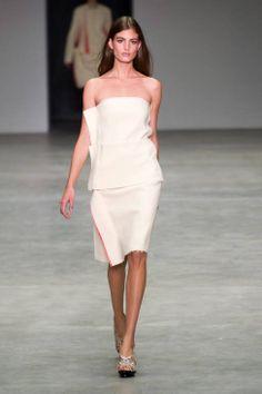 Calvin Klein Spring 2014 Ready-to-Wear Runway - Calvin Klein Ready-to-Wear Collection