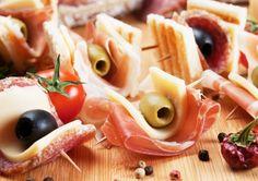 De lekkerste fingerfood hapjes leer je maken met Kookparty. Gezellig in huiselijke sfeer of bij u op het bedrijf.