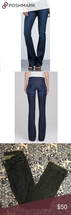 Citizens of Humanity Kelly Low Rise Bootcut Jeans Citizens of Humanity Kelly style low rose boot cut jeans. Dark wash. Size 27. Excellent condition! Citizens Of Humanity Jeans Boot Cut