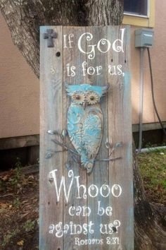 By far this was my best seller at this weekends craft show… Owl sign by Sass o… - Eule Owl Crafts, Diy And Crafts, Arts And Crafts, Weekend Crafts, Bazaar Ideas, Pallet Art, Owl Art, Neon, Craft Fairs